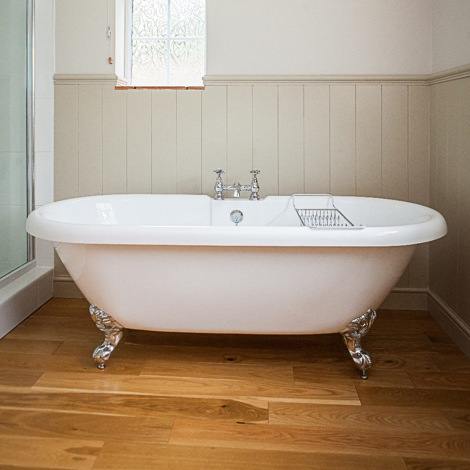 DRA600A-701/DRA601A-701 | 60″ dual acrylic tub with imperial feet ...